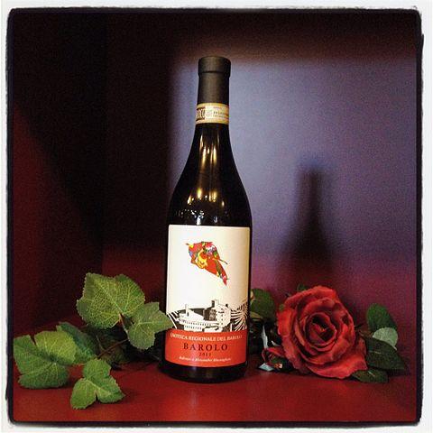 Bottiglia di Barolo Selezione Ufficiale dell'Enoteca Regionale del Barolo
